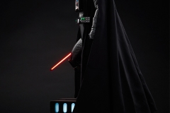 star-wars-darth-vader-lord-of-the-sith-premium-format-300093-05