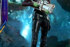 marvel-guardians-of-the-galaxy-vol2-gamora-sixth-scale-figure-hot-toys-903101-05