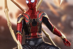 marvel-avengers-infinity-war-iron-spider-sixth-scale-hot-toys-903471-05