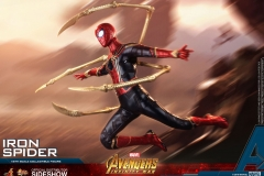 marvel-avengers-infinity-war-iron-spider-sixth-scale-hot-toys-903471-15