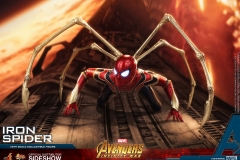 marvel-avengers-infinity-war-iron-spider-sixth-scale-hot-toys-903471-20