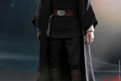 star-wars-luke-skywalker-crait-sixth-scale-figure-hot-toys-903743-10