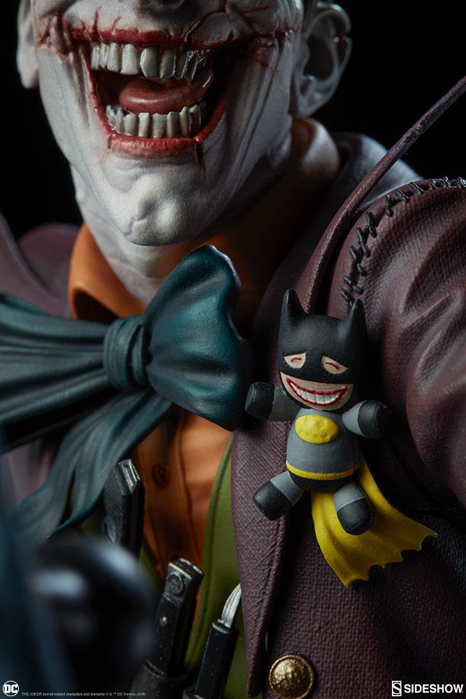 dc-comics-the-joker-premium-format-figure-sideshow-300473-20