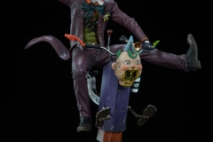 dc-comics-the-joker-premium-format-figure-sideshow-300473-07