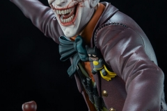 dc-comics-the-joker-premium-format-figure-sideshow-300473-14