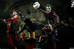 dc-comics-the-joker-premium-format-figure-sideshow-3004731-04